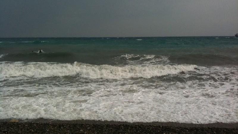 Surf report Antibes - Fort Carré  - France (06) 2011-10-14 12:00:00
