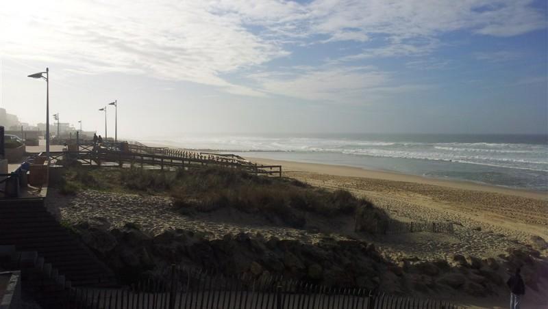 Wind report Lacanau Océan - La Nord - France (33) 2011-12-01 12:00:00