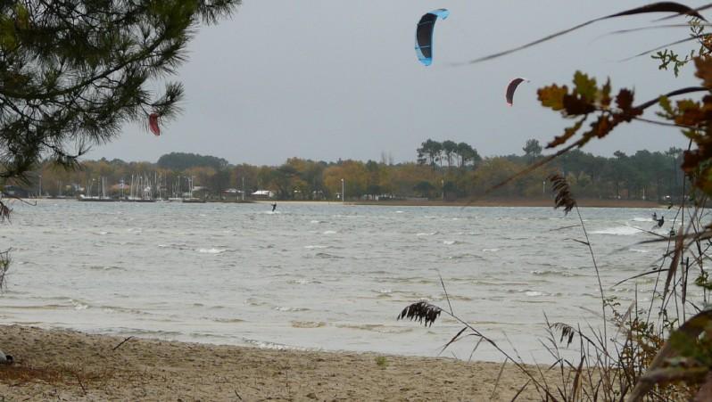 Wind report Les Aigrettes - France (40) 2011-12-04 15:00:00
