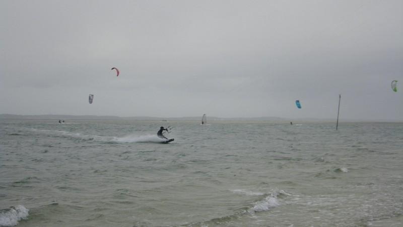 Wind report Arcachon - Les Arbousiers - France (33) 2011-12-13 11:00:00