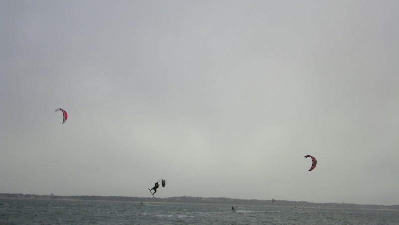 Wind report Arcachon - Les Arbousiers - France (33) 2011-12-13 11:00:00