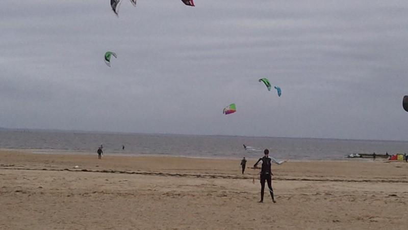 Wind report La Hume - France (33) 2011-12-21 14:00:00