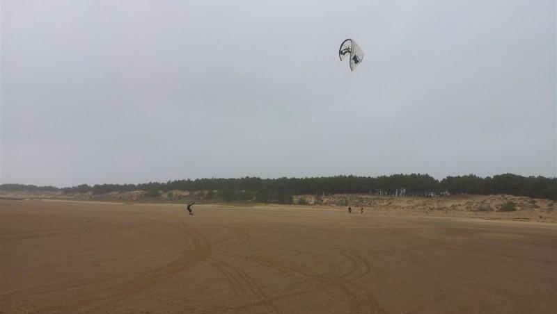 Wind report La Palmyre - Bonne-Anse - France (17) 2011-12-28 14:00:00