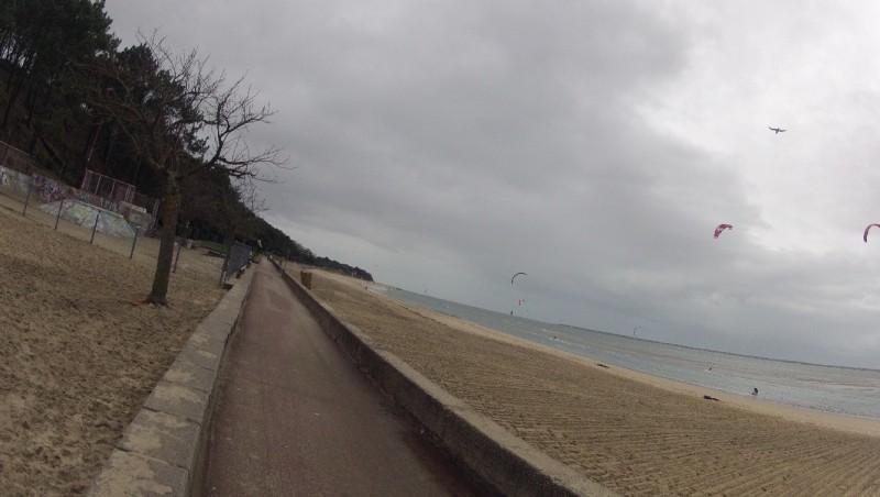 Wind report Arcachon - Les Arbousiers - France (33) 2011-12-30 13:00:00