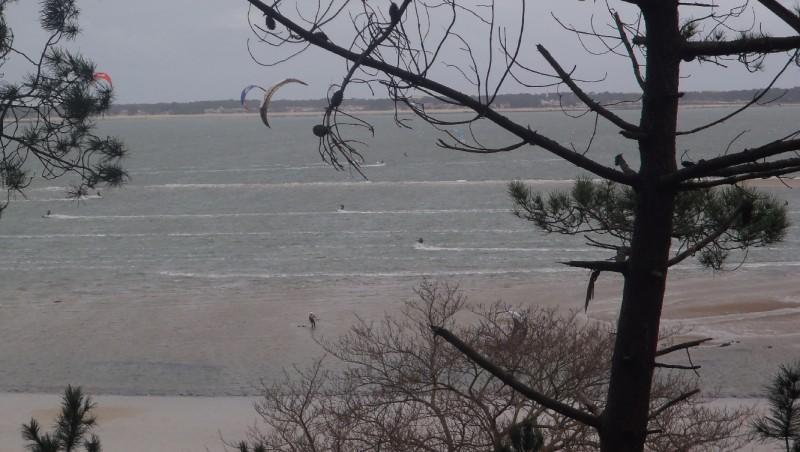 Wind report Arcachon - Les Arbousiers - France (33) 2011-12-30 13:00:00