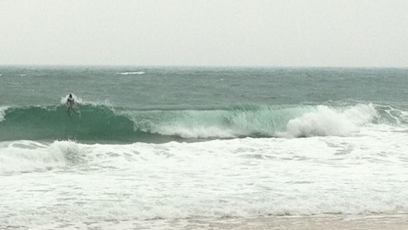 Surf report Capbreton - La Centrale - France (40) 2011-04-26 14:00:00