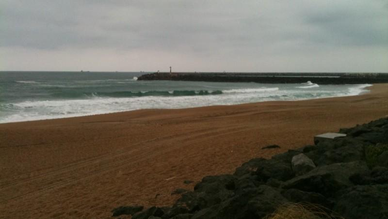 Surf report Anglet Les Cavaliers - France (64) 2011-05-03 09:40:00