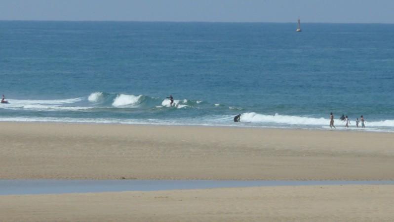 Surf report Mimizan - Plage Garluche - France (40) 2011-05-04 12:00:00