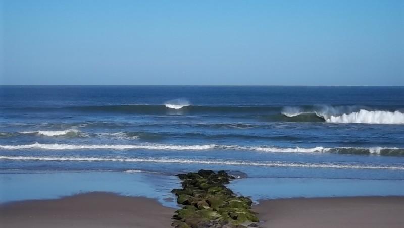Surf report Lacanau Océan - La Nord - France (33) 2011-05-25 08:30:00
