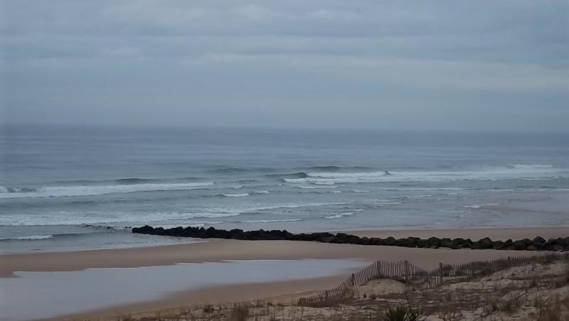 Surf report Lacanau Océan - La Nord - France (33) 2011-06-14 08:45:00