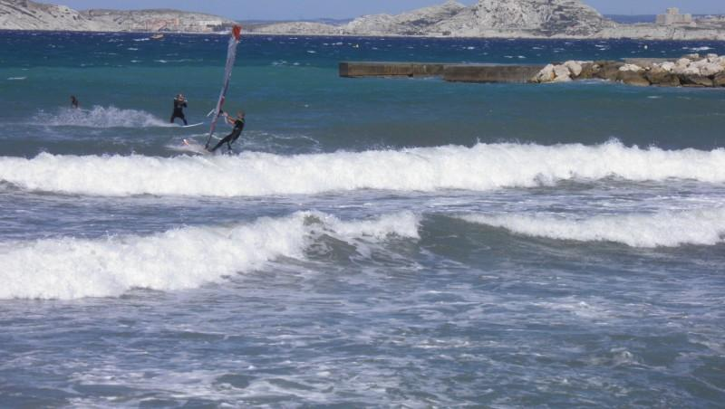 Surf report Le Prado - France (13) 2011-06-19 11:00:00
