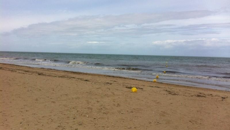 Surf report Ver-sur-Mer - France (14) 2011-06-19 12:00:00