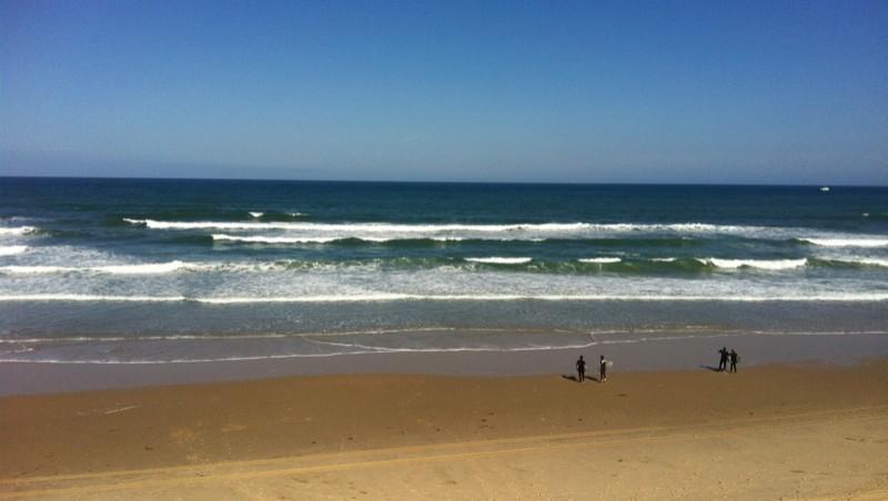 Surf report Hourtin Océan - La Centrale - France (33) 2011-06-20 09:00:00