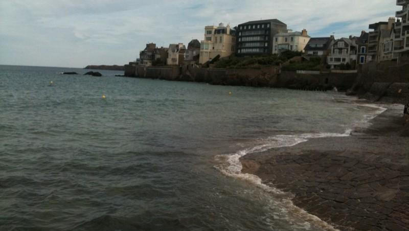 Surf report Saint-Malo - Plage Rochebonne - France (35) 2011-07-05 11:28:00
