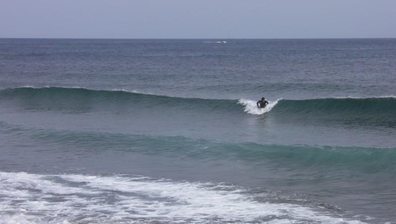 Surf report Sausset les Pins - Plage du Port - France (13) 2012-06-08 17:25:00