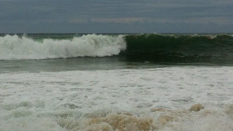 Surf report Messanges - France (40) 2012-08-05 21:35:00