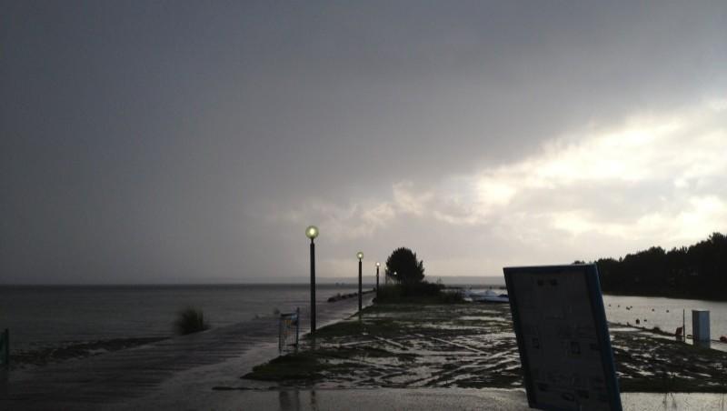 Surf report Hourtin port - France (33) 2012-12-05 16:15:00