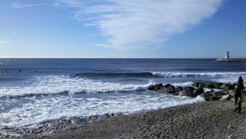 Surf report Sausset les Pins - Plage du Port - France (13) 2012-12-26 12:20:00