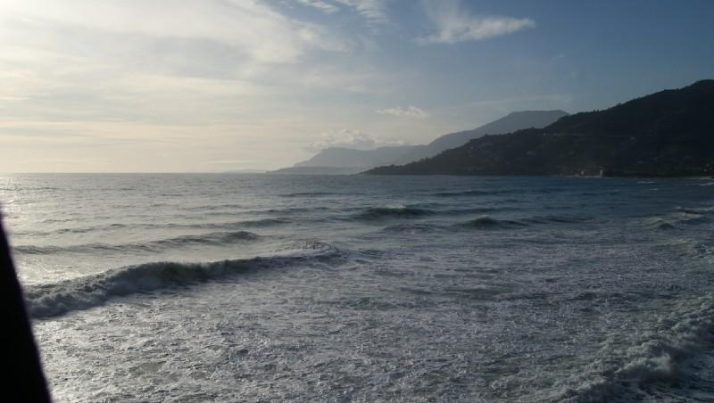 Surf report Vintimille - Italie (IT) 2012-01-05 13:00:00