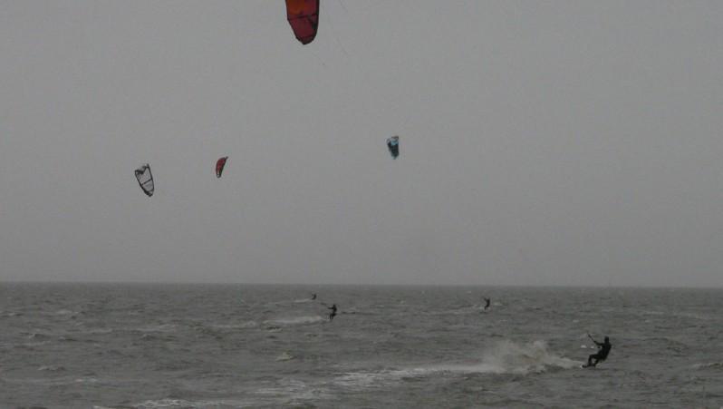 Wind report Andernos - Le Betey - France (33) 2012-01-05 13:00:00