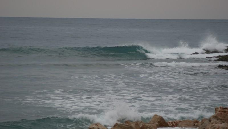 Surf report Beaulieu sur Mer - Niven - France (06) 2012-01-30 16:00:00