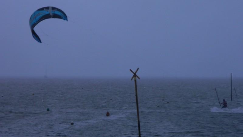 Wind report Andernos - Le Betey - France (33) 2012-03-04 14:00:00