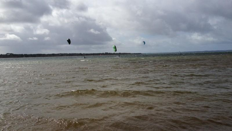Wind report Les Aigrettes - France (40) 2012-03-18 12:00:00