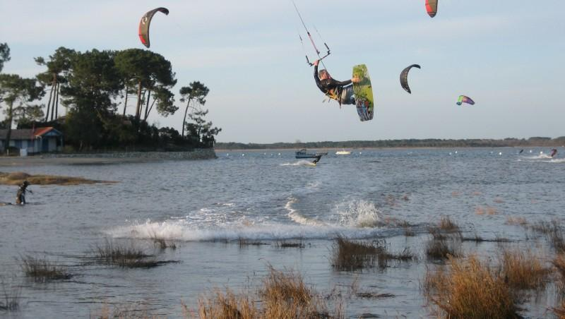 Wind report Claouey - France (33) 2012-03-23 15:00:00