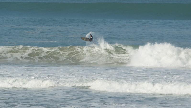 Surf report Cap-Ferret - Plage de L'Horizon - France (33) 2012-03-25 08:00:00