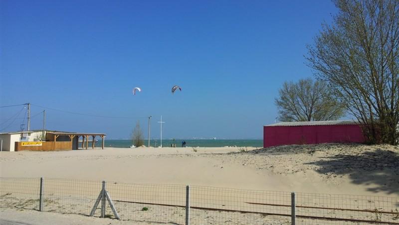 Wind report La Chambrette - France (33) 2012-04-01 12:00:00