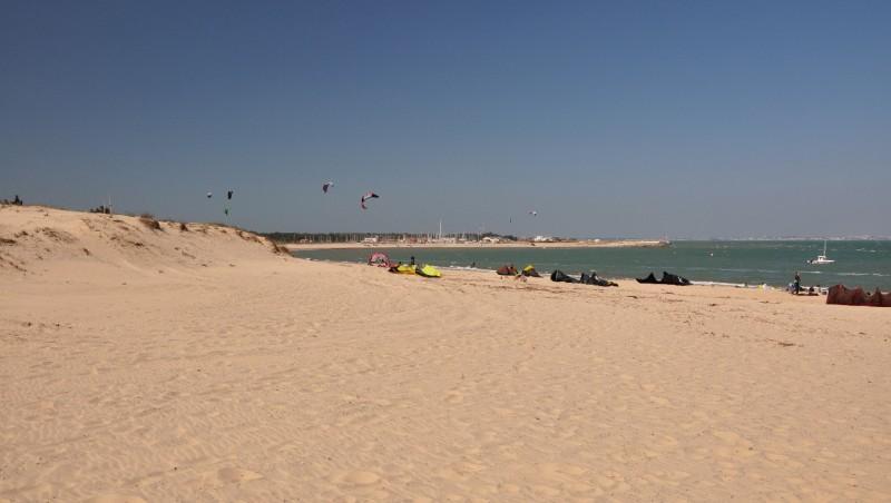 Wind report La Chambrette - France (33) 2012-04-01 16:00:00