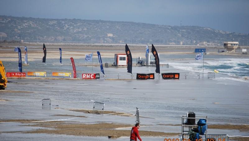 Wind report Etang de La Palme - France (11) 2012-04-12 11:00:00