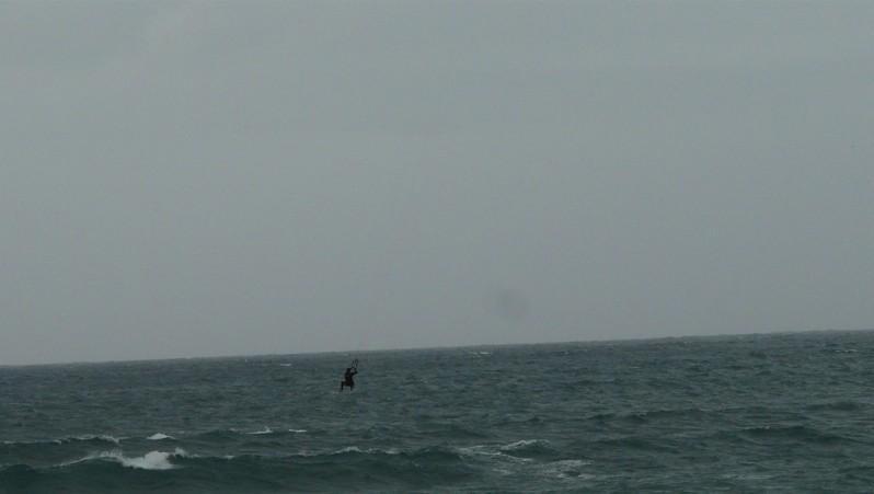 Wind report Hendaye - France (64) 2012-04-23 16:00:00