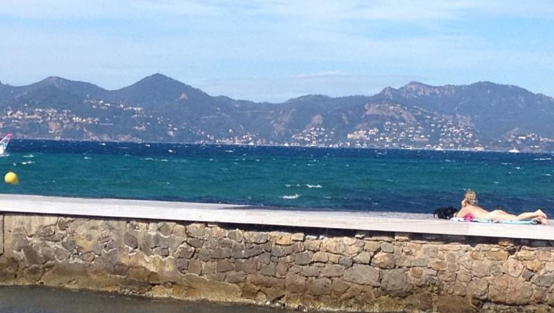 Wind report Cannes - Palm Beach - France (06) 2012-06-10 10:00:00