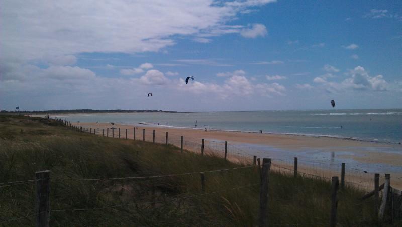 Wind report Les Huttes - Trois Pierres - France (17) 2012-07-06 15:00:00