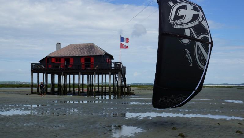 Wind report île aux Oiseaux - France (33) 2012-08-06 12:00:00