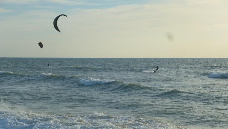 Wind report Le Porge - France (33) 2012-08-04 16:00:00