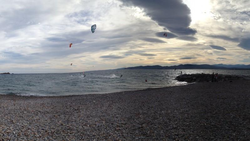 Wind report Saint-Aygulf - Zone Kite - France (83) 2012-10-07 14:00:00