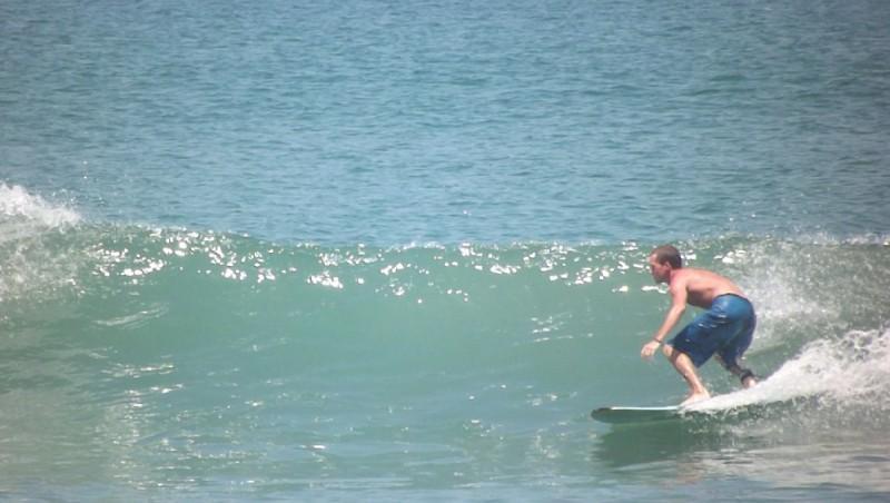 Surf report Kuta Beach - Indonésie (ID) 2012-10-27 10:00:00