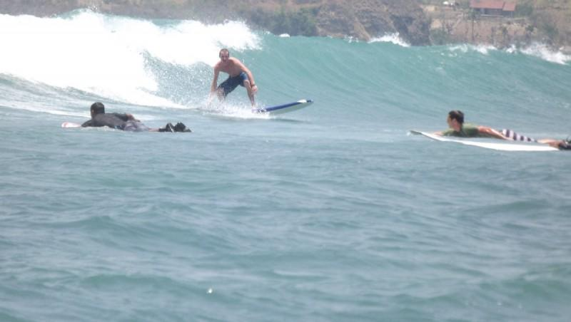 Surf report Gerupuk Outside - Indonésie (ID) 2012-10-14 11:00:00
