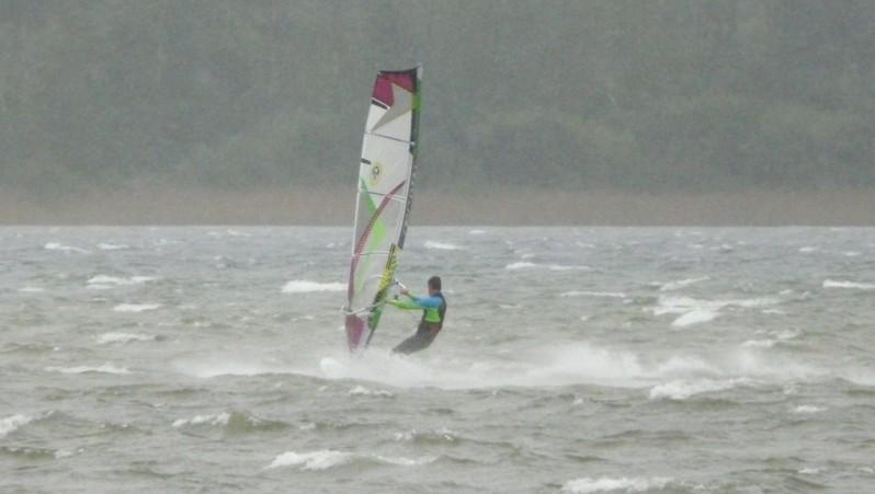 Wind report Les Aigrettes - France (40) 2012-11-01 13:00:00