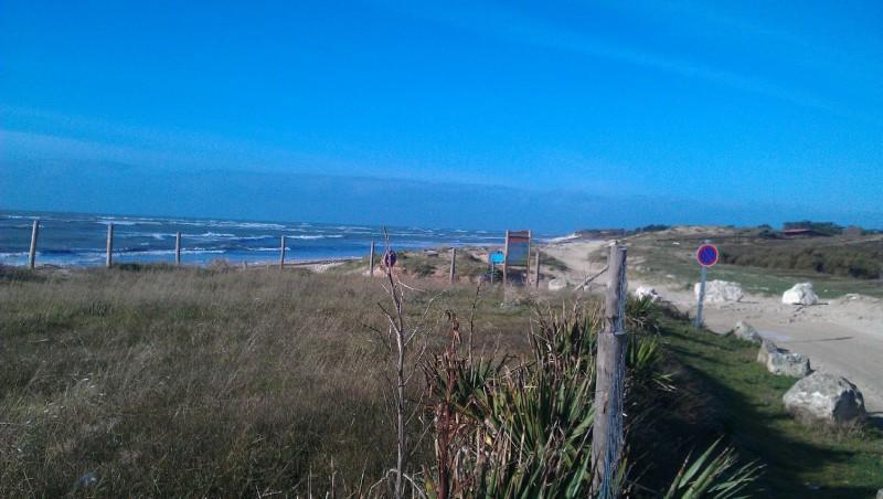 Wind report Les Huttes - Trois Pierres - France (17) 2012-11-21 14:00:00