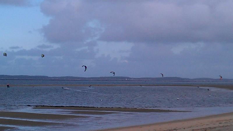 Wind report Arcachon - Les Arbousiers - France (33) 2012-11-26 10:00:00