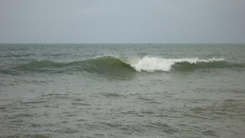 Surf report Franceville - France (14) 2013-05-10 14:00:00