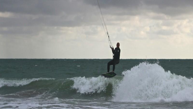 Surf report Les Huttes - Trois Pierres - France (17) 2013-06-20 10:52:00
