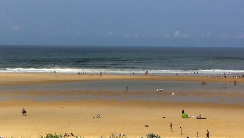 Surf report Mimizan - Plage Garluche - France (40) 2013-07-24 12:00:00