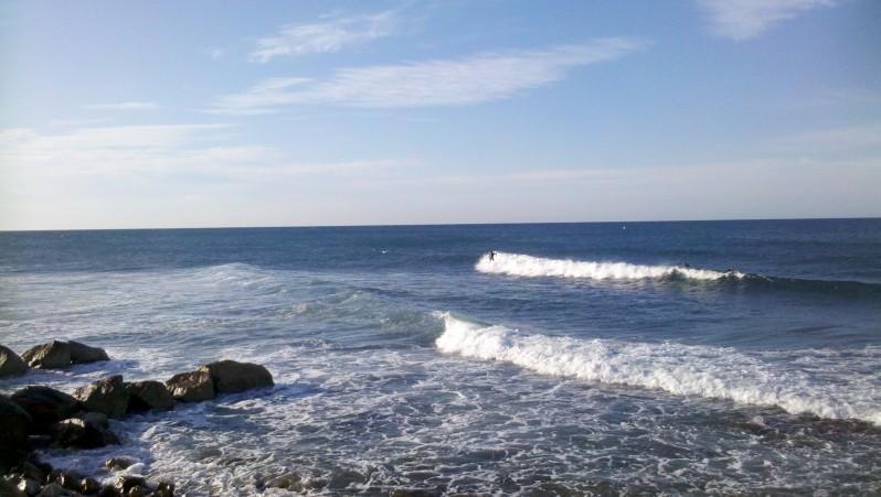 Surf report Sausset les Pins - Plage du Port - France (13) 2013-08-25 08:20:00