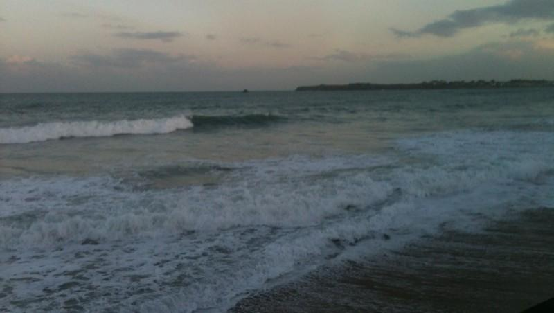 Surf report Saint-Malo - Plage Rochebonne - France (35) 2013-12-20 09:10:00