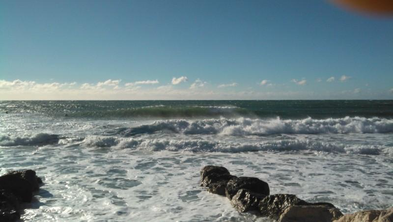 Surf report Sausset les Pins - Plage du Port - France (13) 2013-12-26 11:25:00