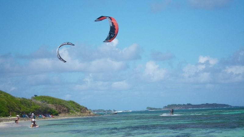 Wind report Cap Chevalier - Martinique (MQ) 2013-02-01 09:00:00